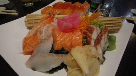 Assortiment de sushi et d'unagi